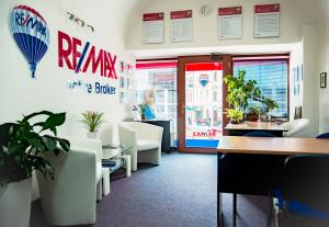 RE/MAX Active Broker