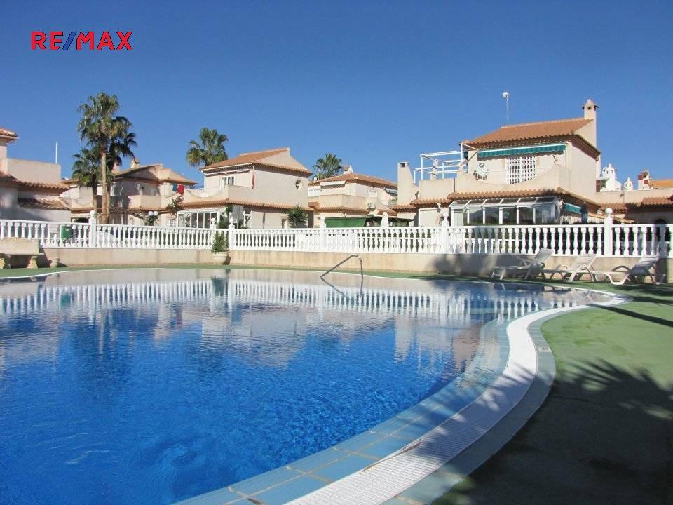 Pronájem domu v osobním vlastnictví, 92 m2, Torrevieja