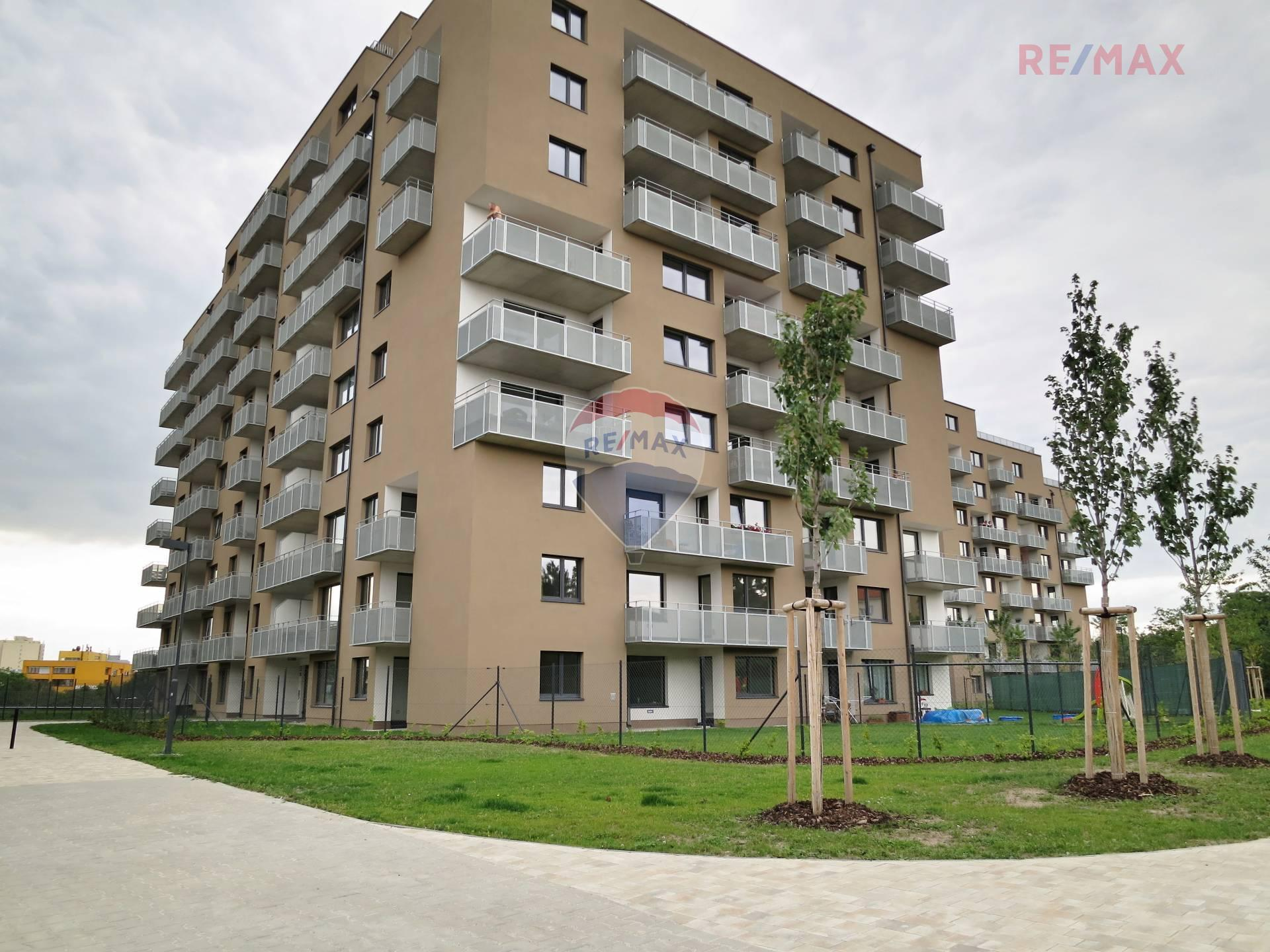 Pronájem bytu 3+kk v osobním vlastnictví, 116 m2, Praha 3 - Strašnice