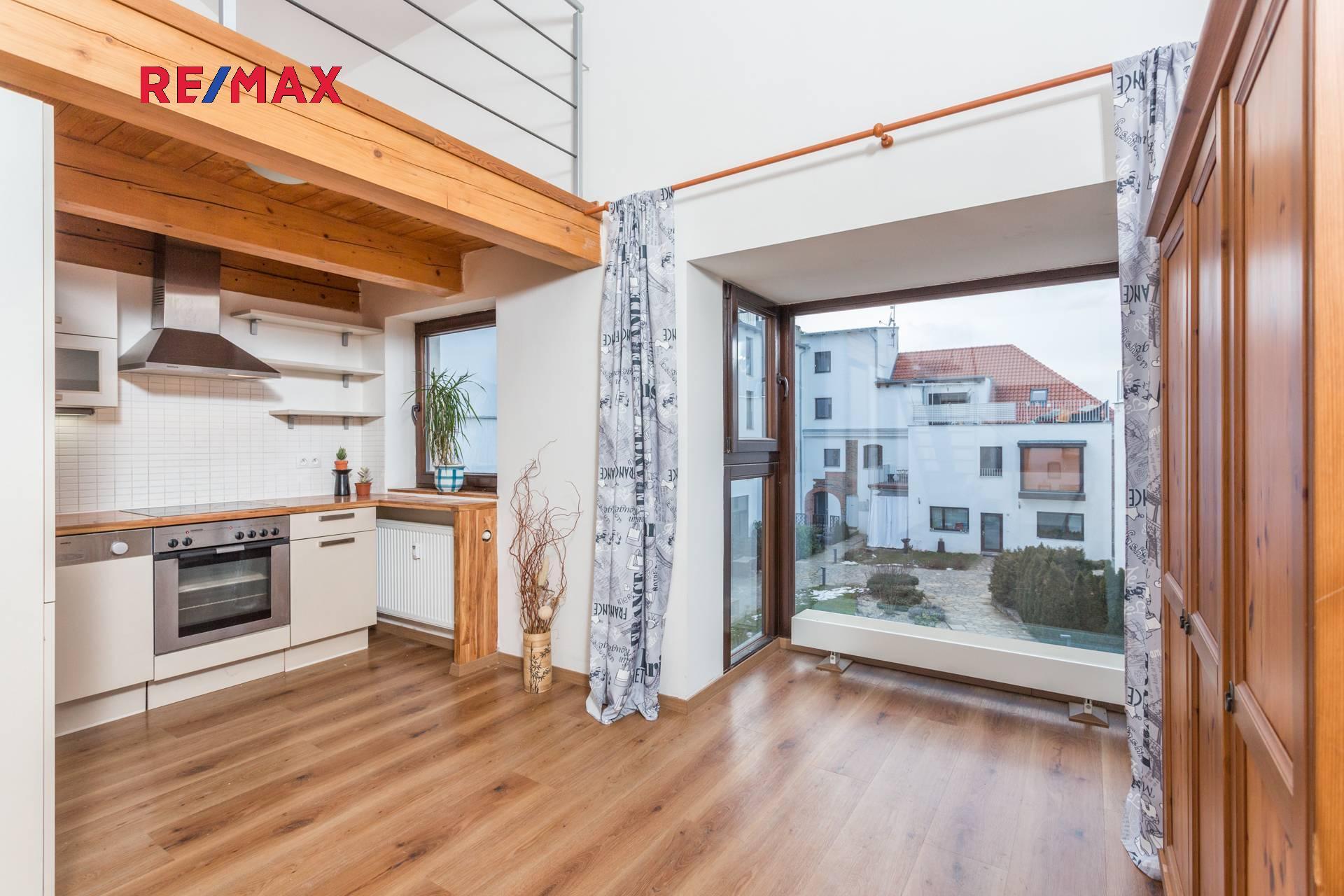 Prodej bytu 2+kk v osobním vlastnictví, 50 m2, Škvorec