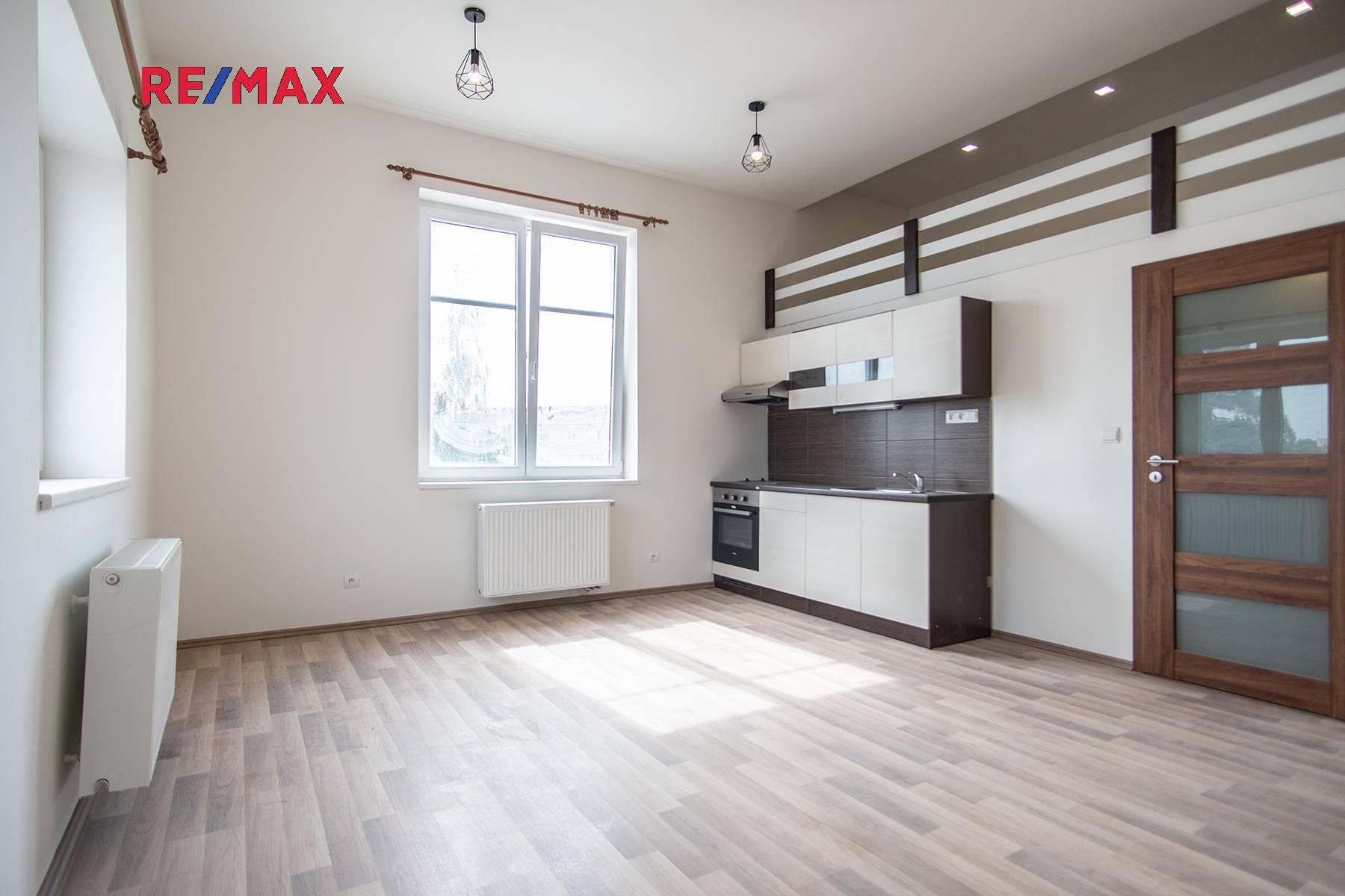 Pronájem bytu 2+kk v osobním vlastnictví, 37 m2, Český Brod