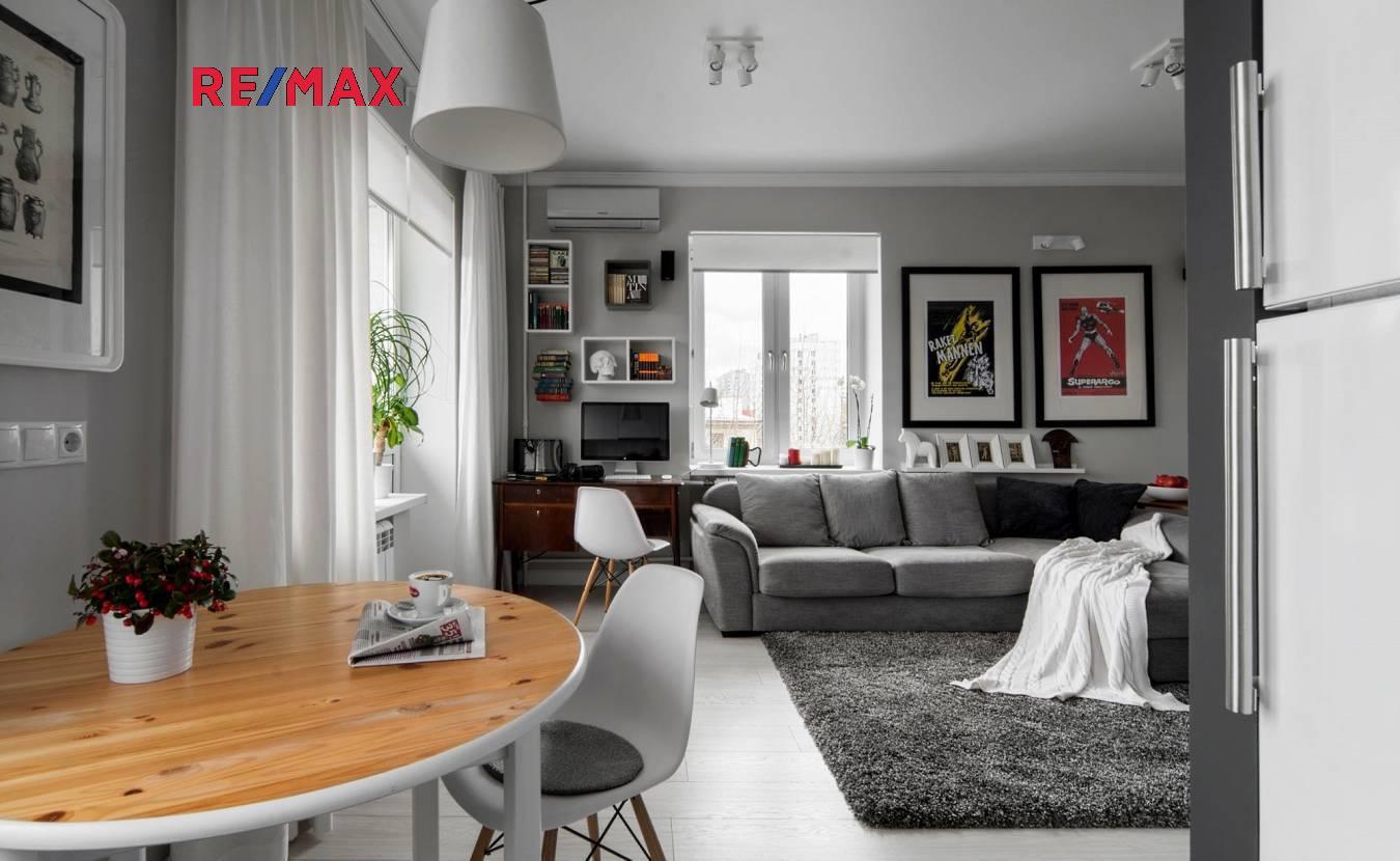 Prodej bytu 2+kk v osobním vlastnictví, 43 m2, Jince