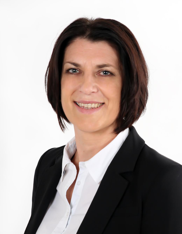 Simona Freibergová - certifikovaný makléř 1. stupně