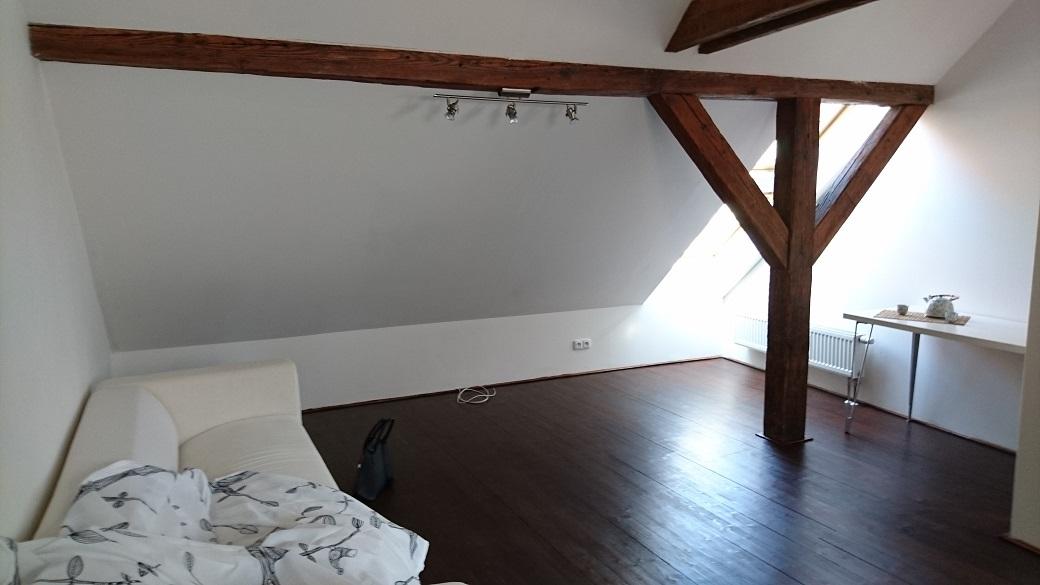 Ukázka přípravy nemovitosti na prodej - fotografie před mnou provedeným stagingem.