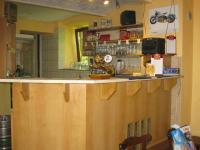 Bar (Prodej restaurace 750 m², Hromnice)