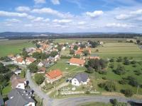 : pohled na obec Nevid (Prodej penzionu 1080 m², Nevid)