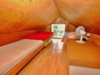 Podkrovní ložnice (Prodej chaty / chalupy 48 m², Holoubkov)