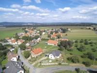 : pohled na obec Nevid (Prodej pozemku 84269 m², Nevid)