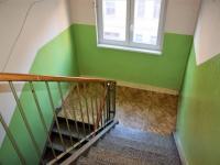 Chodba domu (Prodej bytu 2+1 v osobním vlastnictví 50 m², Plzeň)