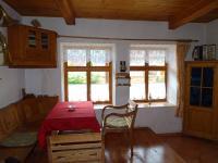 Obývací pokoj (Prodej chaty / chalupy 85 m², Čižice)