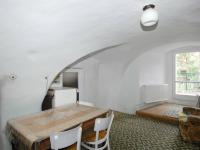 Pokoj (Prodej domu v osobním vlastnictví 400 m², Prachatice)