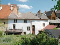 Pohled na dům ze zahrady (Prodej domu v osobním vlastnictví 400 m², Prachatice)