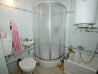 Koupelna v patře (Prodej domu v osobním vlastnictví 400 m², Prachatice)