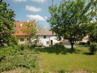 Zahrada (Prodej domu v osobním vlastnictví 400 m², Prachatice)