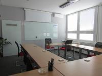 : 1. patro - velká zasedačka (Pronájem kancelářských prostor 160 m², Plzeň)