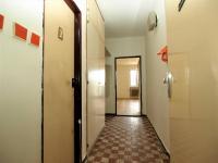 vstupní chodba (Prodej bytu 1+1 v osobním vlastnictví 46 m², Plzeň)