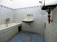 koupelna (Prodej bytu 1+1 v osobním vlastnictví 46 m², Plzeň)