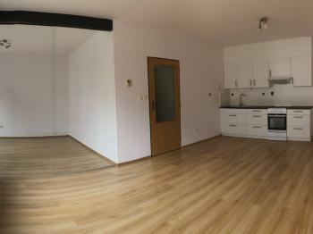 Pronájem bytu 2+1 v osobním vlastnictví 63 m², Plzeň