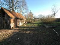 Pohled od chalupy na zahradu - Prodej chaty / chalupy 85 m², Planá