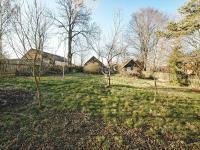 Pohled ze zahrady na chalupu - Prodej chaty / chalupy 85 m², Planá