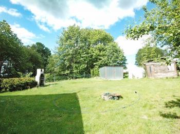 Pohled do zahrady - Prodej domu v osobním vlastnictví 82 m², Zádub-Závišín