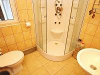 Koupelna přízemí - Prodej domu v osobním vlastnictví 82 m², Zádub-Závišín