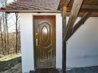 Vstup do garzonky - Prodej domu v osobním vlastnictví 82 m², Zádub-Závišín