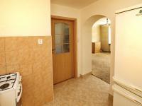 Vchod  do obývacího pokoje a ložnice - Prodej bytu 3+kk v osobním vlastnictví 58 m², Vejprnice