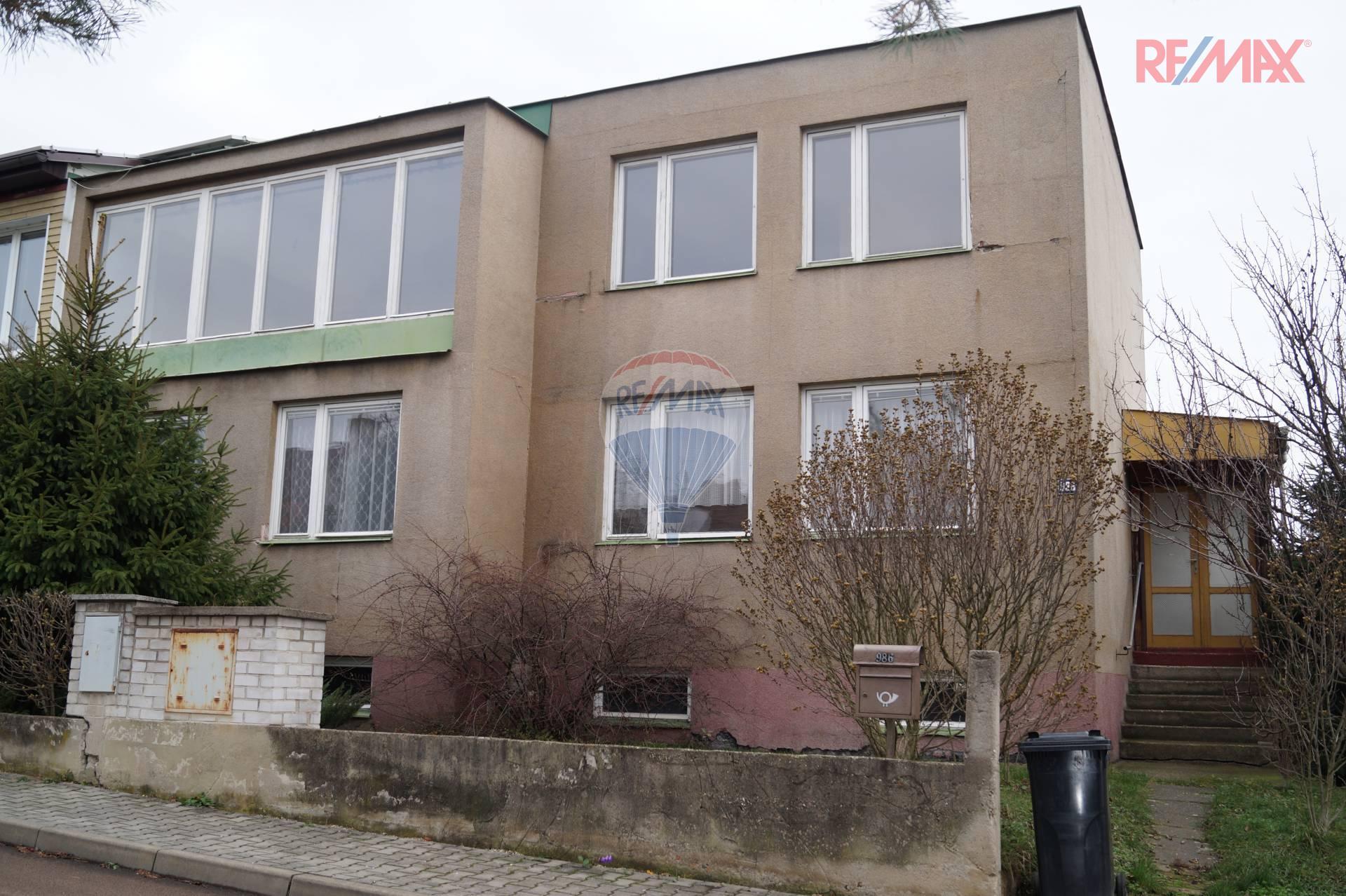 Dvougenerační dům v Roztokách u Prahy