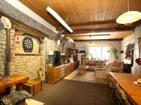 Prodej domu v osobním vlastnictví 326 m², Český Brod
