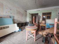 Obytná místnost v přízemí - Prodej domu v osobním vlastnictví 193 m², Dub