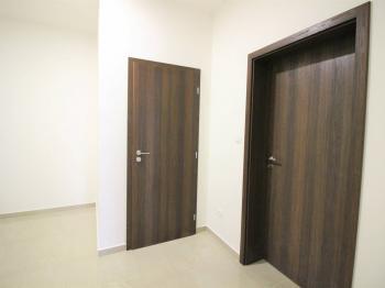 Pronájem obchodních prostor 190 m², Rostoklaty