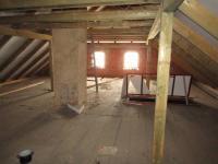 Půda s možností vestavby (Prodej domu v osobním vlastnictví 260 m², Nečtiny)