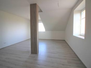 Pronájem bytu 2+kk v osobním vlastnictví 52 m², Rostoklaty
