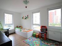 Prodej bytu 3+kk v osobním vlastnictví 79 m², Praha 9 - Čakovice
