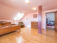 Prodej domu v osobním vlastnictví 376 m², Horoušany