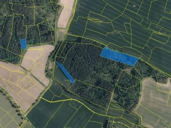 Prodej pozemku 32734 m², Dub