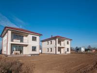 Prodej domu v osobním vlastnictví 145 m², Chýně