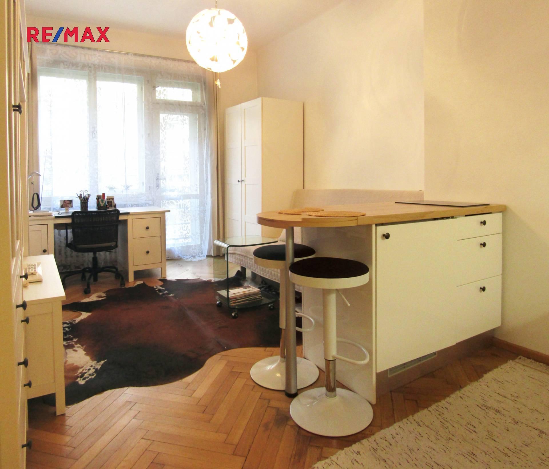 Prodej  bytu 1+kk s balkonem na Vinohradech