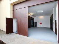 Pronájem komerčního objektu 844 m², Praha 9 - Hloubětín