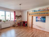 Pokoj (Pronájem bytu 4+1 v osobním vlastnictví 193 m², Praha 5 - Stodůlky)