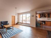 Obývací pokoj (Pronájem bytu 4+1 v osobním vlastnictví 193 m², Praha 5 - Stodůlky)