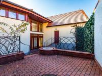 Prodej domu v osobním vlastnictví 215 m², Praha 5 - Stodůlky
