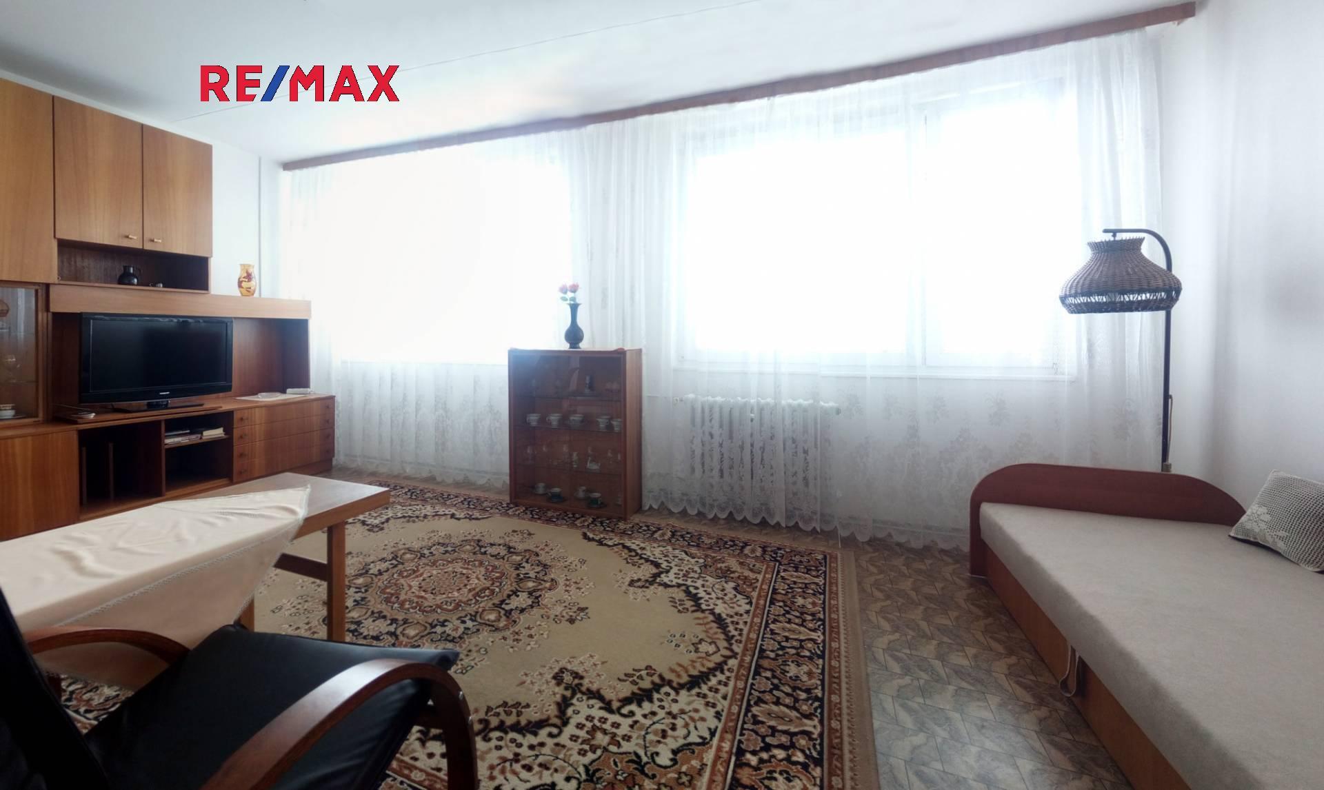 Pronájem útulného bytu 1+kk 35 m2  - Ovčí Hájek