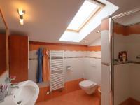 Prodej domu v osobním vlastnictví 214 m², Praha 9 - Horní Počernice