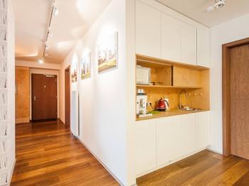 Společné prostory s kuchyňkou - Pronájem kancelářských prostor 36 m², Praha 6 - Bubeneč