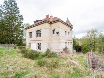 Vila - Prodej domu v osobním vlastnictví 607 m², Krásná Hora nad Vltavou