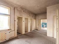 Spojovací chodba - Prodej domu v osobním vlastnictví 607 m², Krásná Hora nad Vltavou