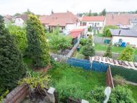 Pohled do zahrad - Prodej domu v osobním vlastnictví 200 m², Městec Králové