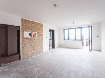 Obývací pokoj - Prodej domu v osobním vlastnictví 200 m², Městec Králové